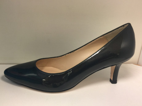 Jon Josef Women's Pearl Canna di Fusile Steel Patent Leather Low Heel Pump