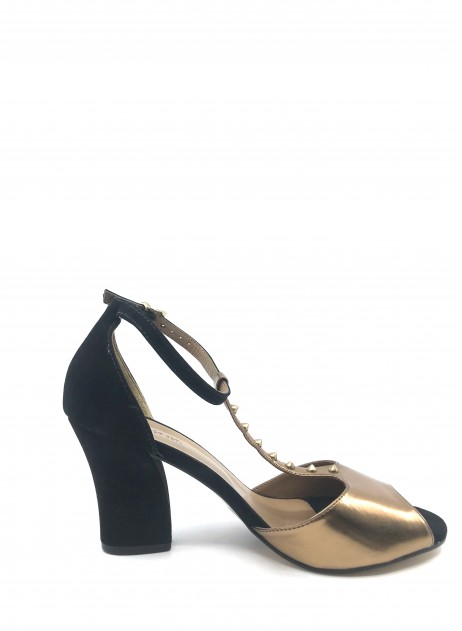 Mariana by Golc Women's Devana Gold Metallic and Black Suede Pump