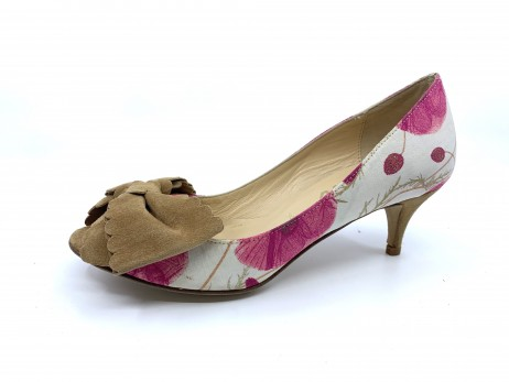 Starla Red Poppy Fabric Tan Suede Butter Pumps