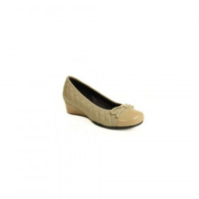 Melore Ecru Beige Wedge Vaneli Pumps