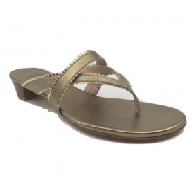 Triango Ale Washed Leather Stuart Weitzman Sandal