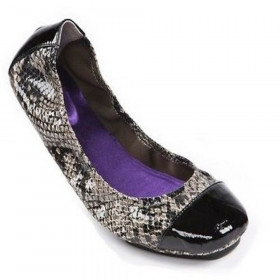 Me Too Women's Metro Grey/Black Nappa Leather Flat