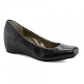 Me Too Women's Jana Black Leather Wedge Pump