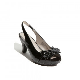 Me Too Women's Panther Black Patent Slingback Pump