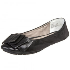 Me Too Women's Lilyana Black Leather Flat