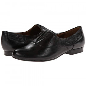 Lecture Black Naturalizer flat