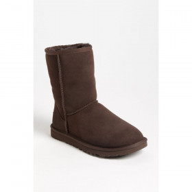 UGG Australia Womens 5825 Classic Short Slip On Boot Chocolate