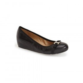 Vaneli Womens Aretha Black Leather Wedge Pump