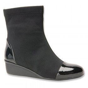 Easton Black Ros Hommerson Ankle Boot