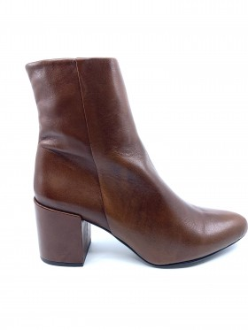 4952 Elba Brown Whiskey Leather Ethem Ankle Boot